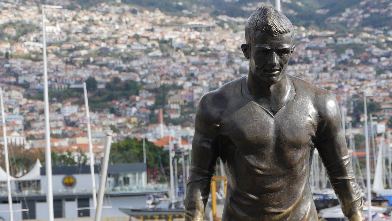 Christiano Ronaldo Bronzestatue