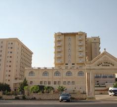 Yay Grand Hotel 1