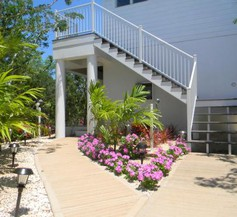 Harbor Breeze Villas 1