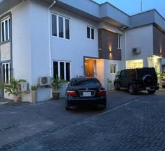 Box Residence 2