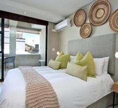1 Bed Apartment Mario - The Decks 2