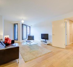 Cleyro Serviced Apartments - Finzels Reach 2