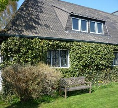 Chestnut Cottage 1