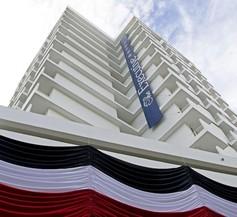 The Executive Hotel 1