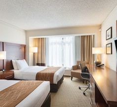 Comfort Inn By The Bay 1
