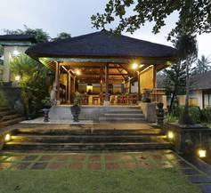 Alam Puri Art Museum - Resort & Spa 1