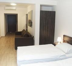 Pergamin Apartments 2