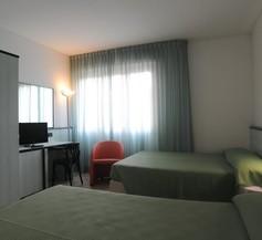 Hotel Garden 2