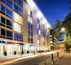 Hilton Garden Inn Bristol City Centre 1