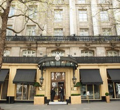 The Waldorf Hilton, London 1