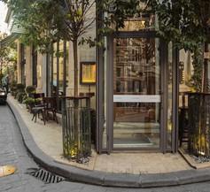 Corinne Art & Boutique Hotel 2