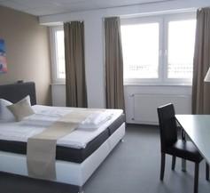 Businesshotel & Appartements Stuttgart-Vaihingen 1