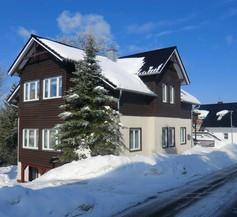 Oberhof 810 M 2