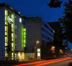 B&B Hotel Stuttgart-Vaihingen 1