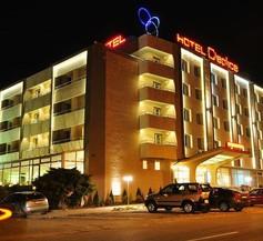 Hotel Cieplice 1