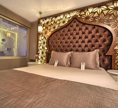 Demonti Hotel 2