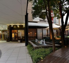 Protea Hotel by Marriott Johannesburg Parktonian All-Suite 2
