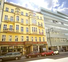 Old Town Apartments Schönhauser Allee Berlin 2
