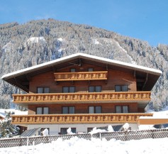 Tirolerhof 1