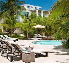 The Oasis at Grace Bay 2