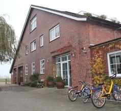 Traberhof 1