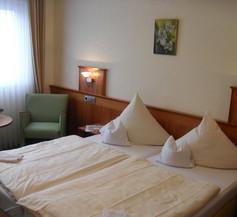 Hotel Reichsschenke Zum Ritter Götz 2
