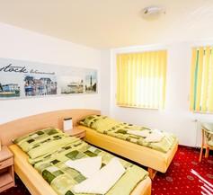 Hotel Pension Petridamm 2