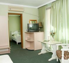 Boryana Hotel 1