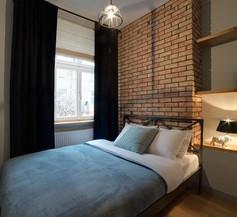 Too-good Apartments 1