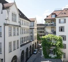 Paradeplatz Apartment by Airhome 2