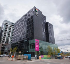 Alt Hotel Calgary East Village 2