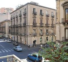 Catania Centro Rooms 2