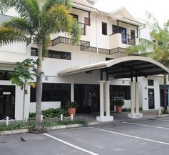 Cairns Queens Court 2
