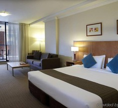 APX Darling Harbour 1