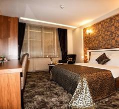 TS Gold Hotel 1