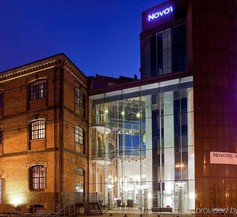 Novotel Cardiff Centre 1