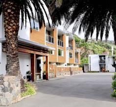Sumner Bay Motel & Apartments 1