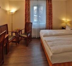 Hotel Elefant 1