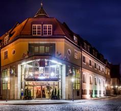 Hotel Im. Jana Pawła Ii 1