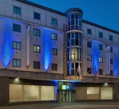 Holiday Inn Express London City 1