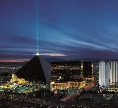 Luxor Hotel And Casino 1