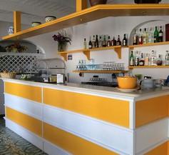 Hotel Cava Dell'isola 1
