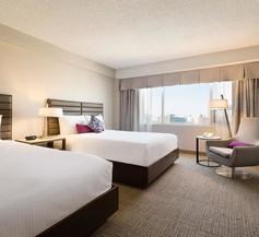 Coast Edmonton Plaza Hotel by APA 2
