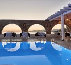 Kouros Hotel & Suites 1