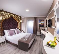 Demonti Hotel 1