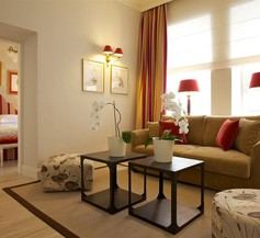 Apia Hotel 2