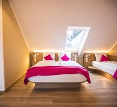 Hotel Luckys Inn GmbH 1