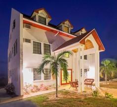 Gems at Paradise Beach Hotel 1