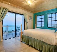 Gems at Paradise Beach Hotel 2