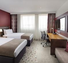 Holiday Inn Bristol City Centre 2